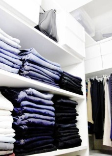 closet-with-folded-jeans-432x600